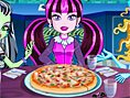 Monster Pizzas? Oyunu Monster High Oyunlar? Merhaba k?zlar! Arkada??m Draculaura ile pizza yap?m?n?